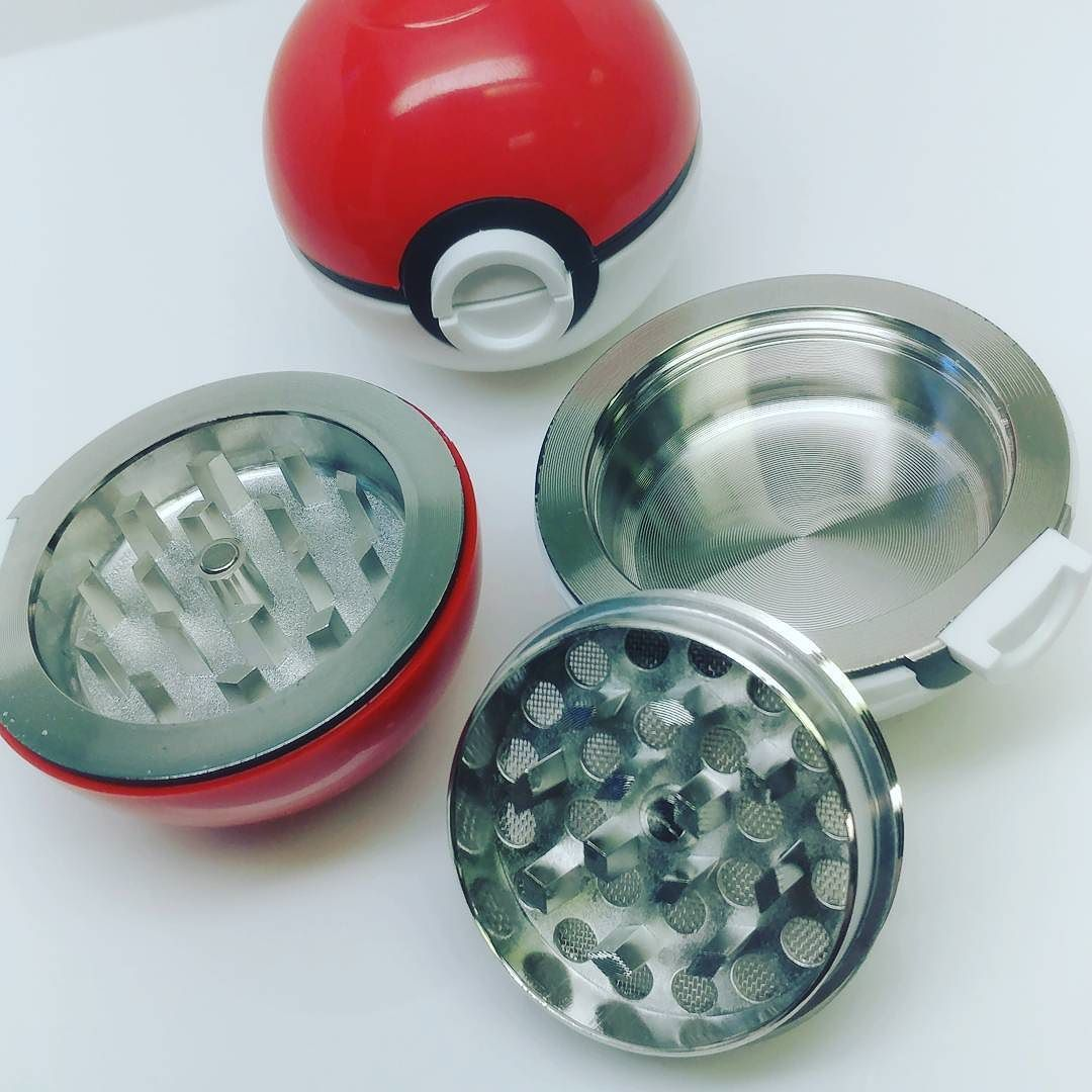 Pokemon pokeball style 3 piece herb grinder with sifting screen and storage from ezvapes.com. Only $9.99 order today! #Pokemon #pokeball #pokeballs #herbs #herbgrinder #herbgrinders #420 #420 #ezgrinders #grindwithus #maryjane