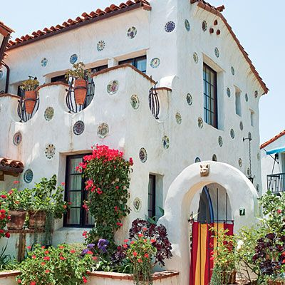 Small homes with flair santa barbara brother and ceramics for Tiny house santa barbara