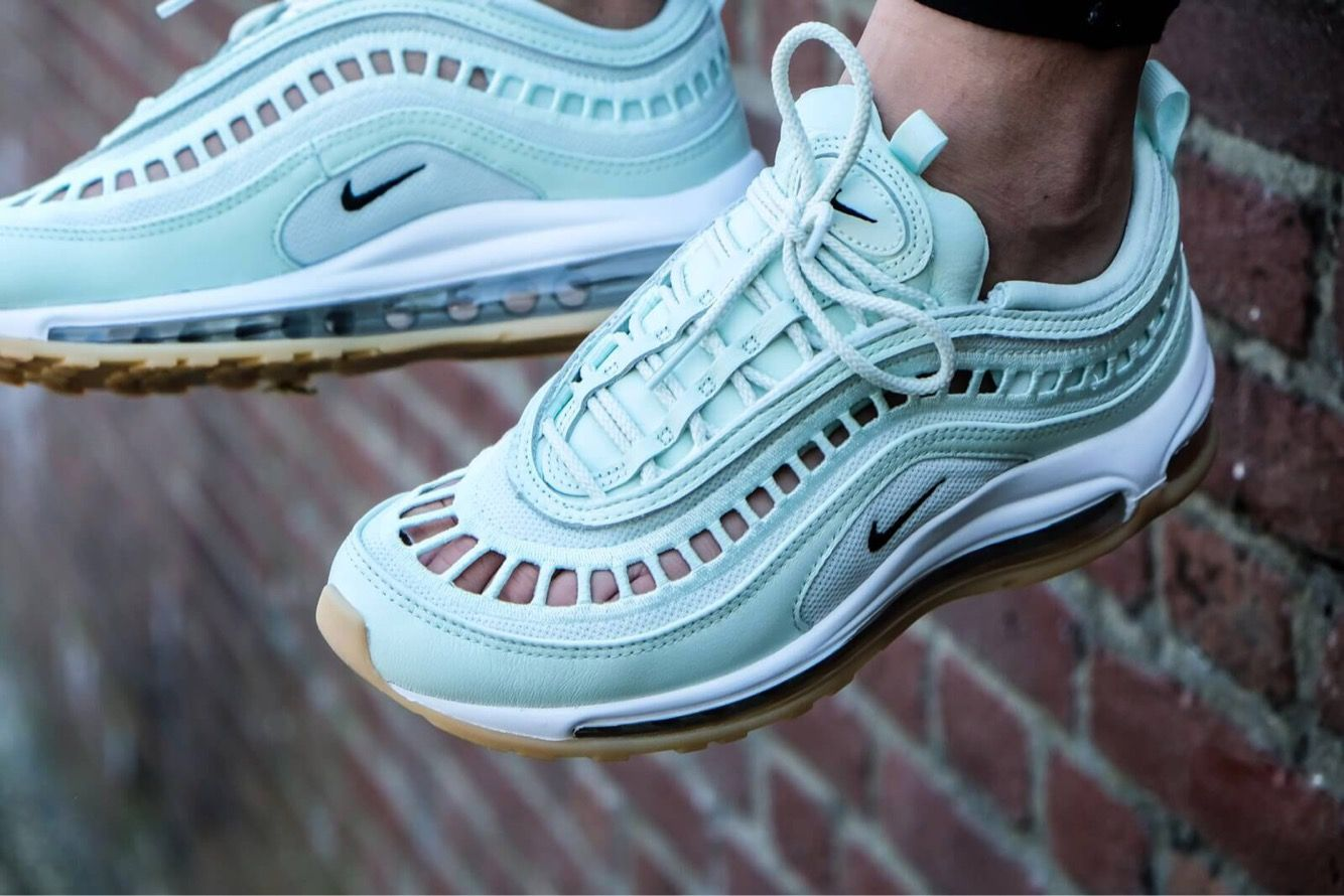 newest ec63f 00055 £72 Nike Wmns Air Max 97 Ultra 17 Barely Green Sneakers