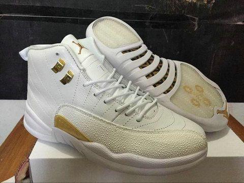 Air Jordan 12 oro