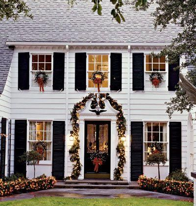 Christmas Houses Noel Pinterest Christmas Wreaths For Windows Colonial Cottage Outdoor Christmas