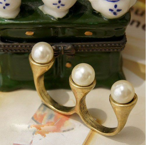 R1106 Vintage Cocktail Pearl Two Finger Rings Bronze #Unbranded #Cocktail