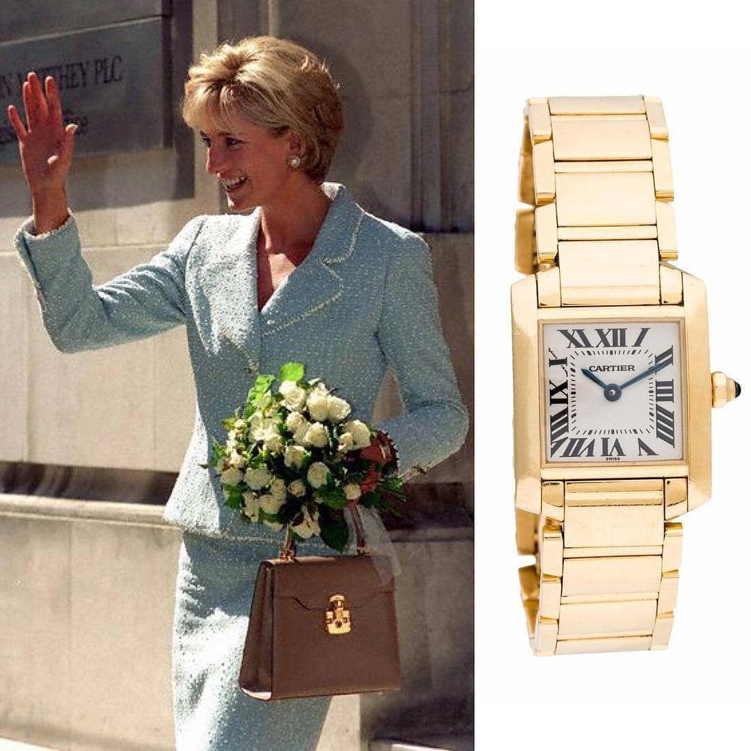 Princess Diana wearing a gold Cartier Tank Francaise 👸💯 🔸Follo ...