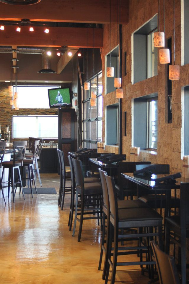 Interior of College Street Brewhouse   Pub   Lake Havasu City     Interior of College Street Brewhouse   Pub   Lake Havasu City  Arizona