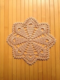 P10 Doily pattern by Hiromi Endo (遠藤ひろみ)