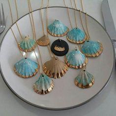 Deniz Kabugu Boyama Ornekleri Boncuk Seashell Crafts Shell Crafts Ve Seashell Necklace