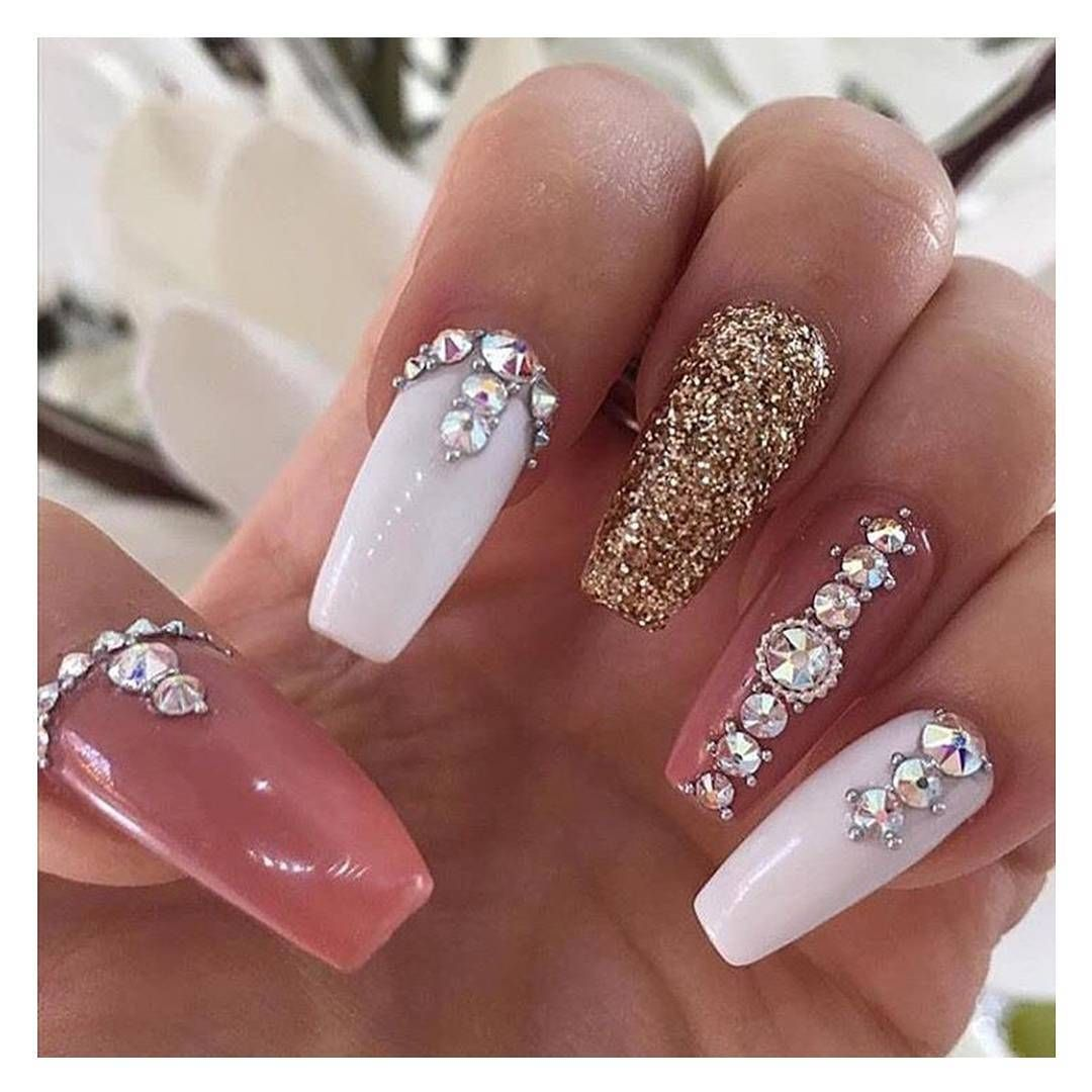 Nail Goals What do you think of these sparkly nails girls? Want to ...