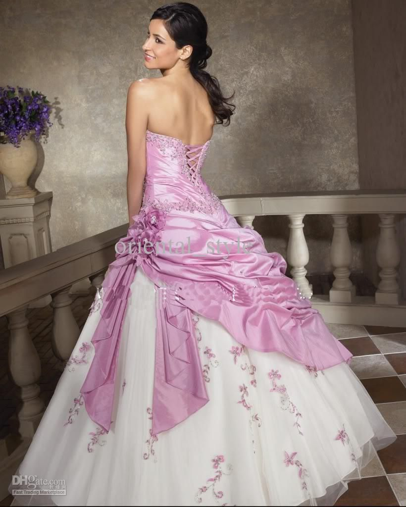 Pink and white dress | Beautiful wedding dresses old and New ...