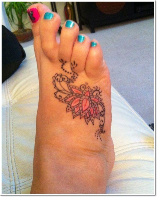 Idee De Tatouage Fleur De Lotus Sur Le Pied Tatouage Fleur Pinterest
