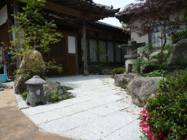 石組のある和風庭園 石畳のアプローチ 福岡 エクステリア ガーデン 千年翠 エクステリア 和風庭園 庭園