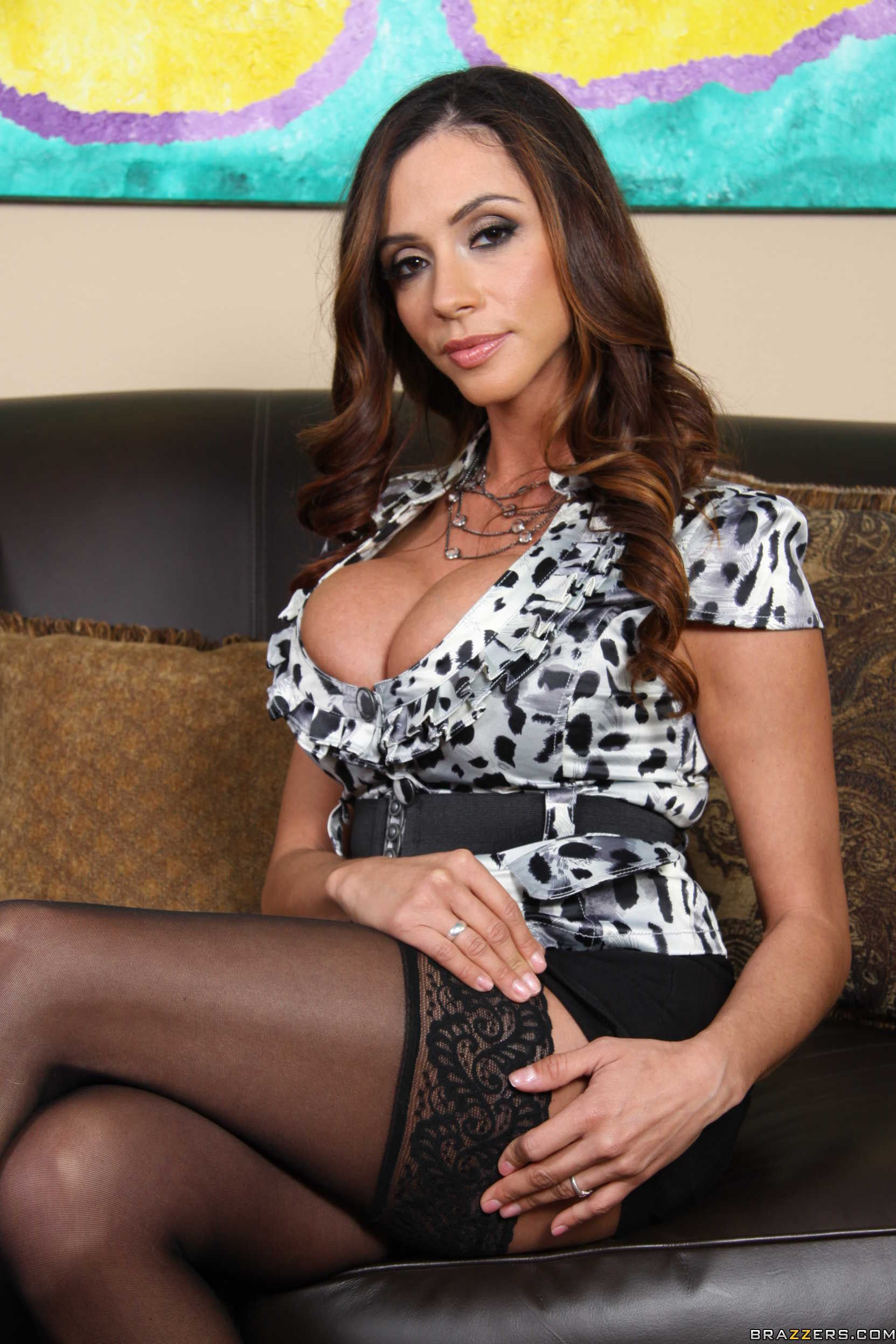 Ariella ferrera rocks the black cock 5