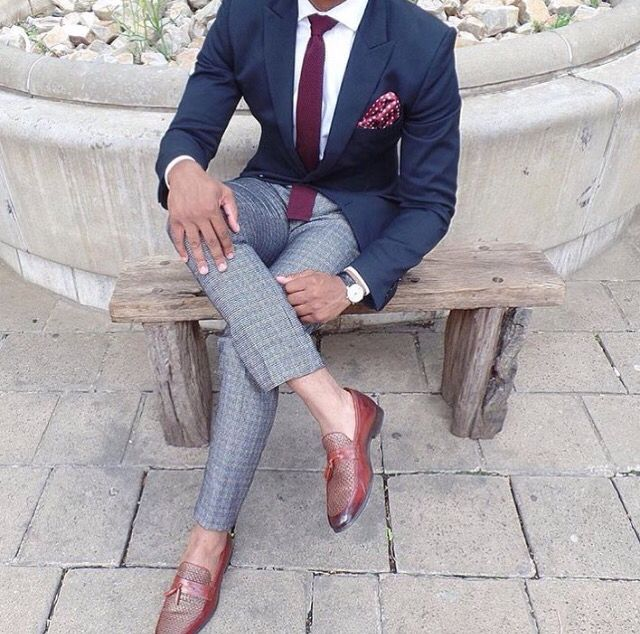 White shirt blue jacket red tie grey trousers for Blue dress shirt grey pants