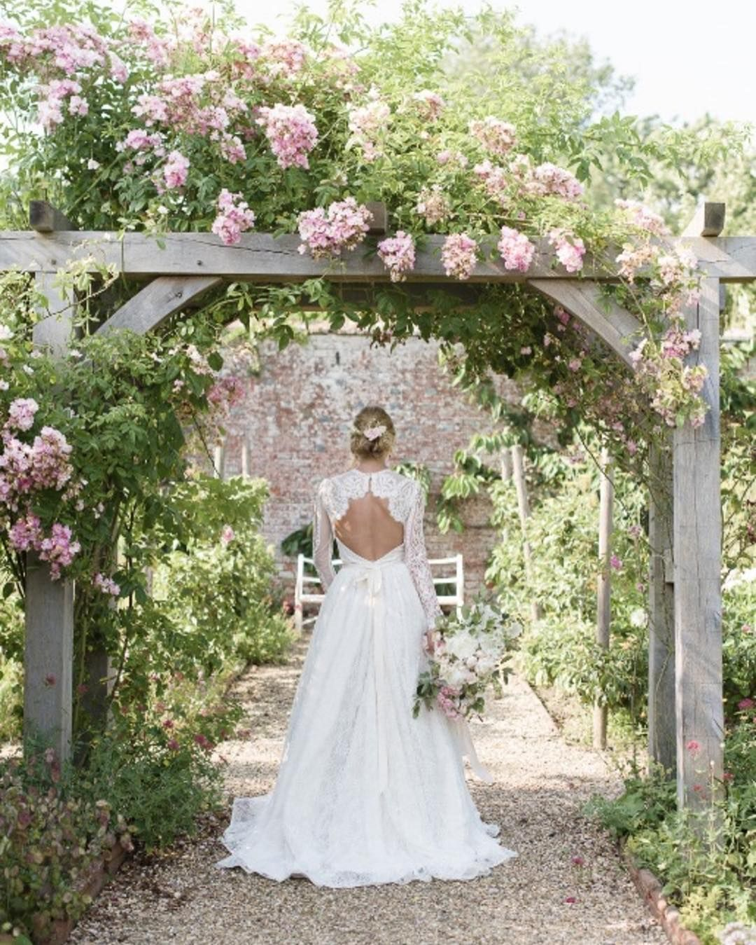 Garden goals dress goals  I'm up super early for wedding set up at Pembroke Lodge and then I have a wedding diy workshop tomorrow - can't wait. On Monday I will sleep. This image from gorgeous shoot up on @magnoliarouge  The dream team.... Photography: @juliemphotos  Videography: @thismodernrevelry  Venue: @falconhurst  Dress: @shehurina  Styling: @laurajeholden  Shoes: @emmyshoes  Suit: @sbssuiting  Jewellery and veil: @kellyspencewed  Ring: @london_victorian_ring_co  Fabrics…