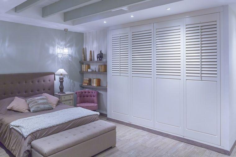 Porte persienne  une décoration pratique pour votre intérieur - porte garde robe coulissante mesure