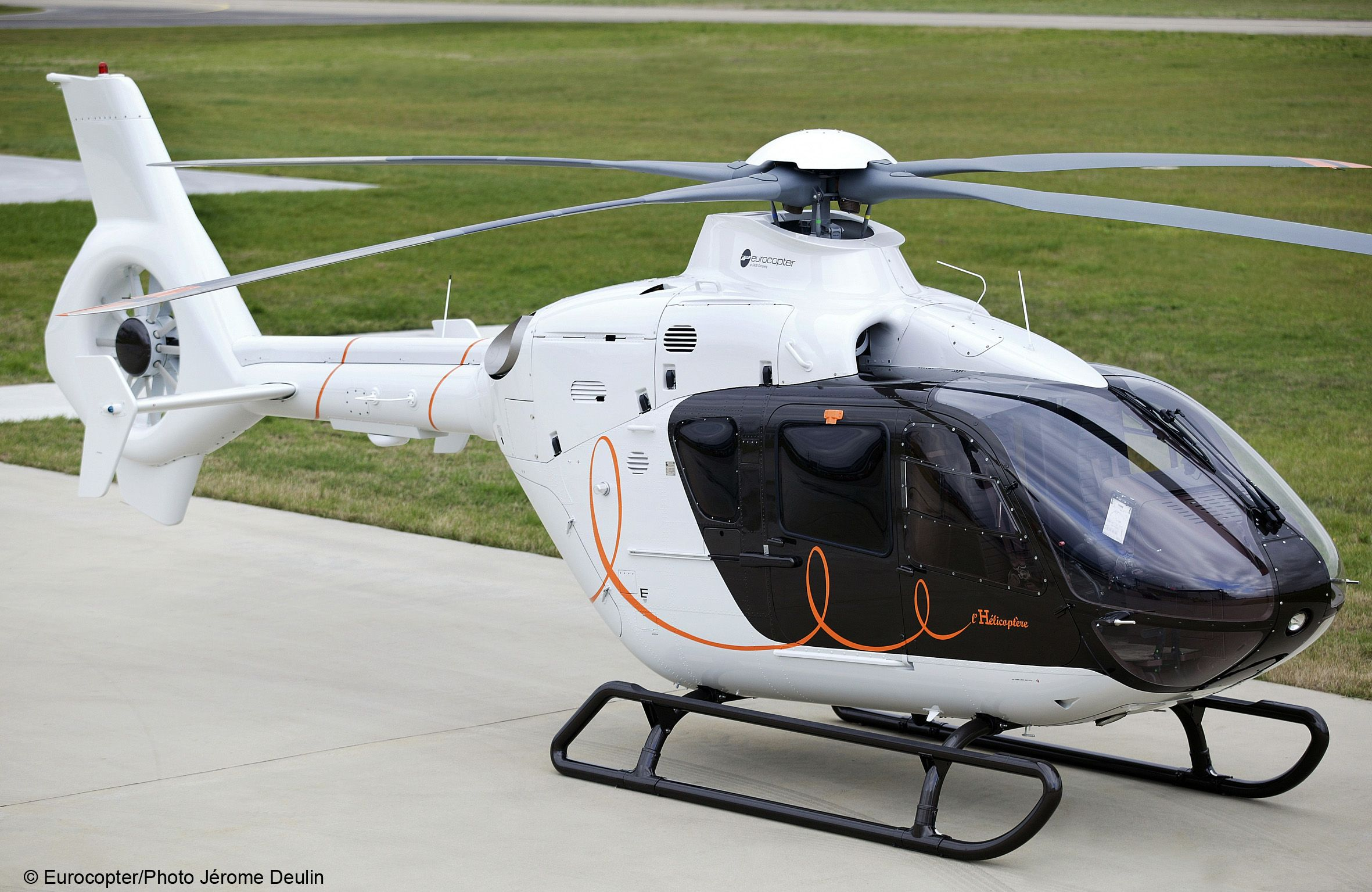 Charlie Tango. Eurocopter 135 Luxury helicopter, Best