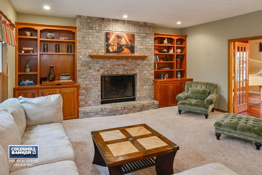 70 Brentwood Ln Appleton Wi 54915 Zillow Home Decor Ideas