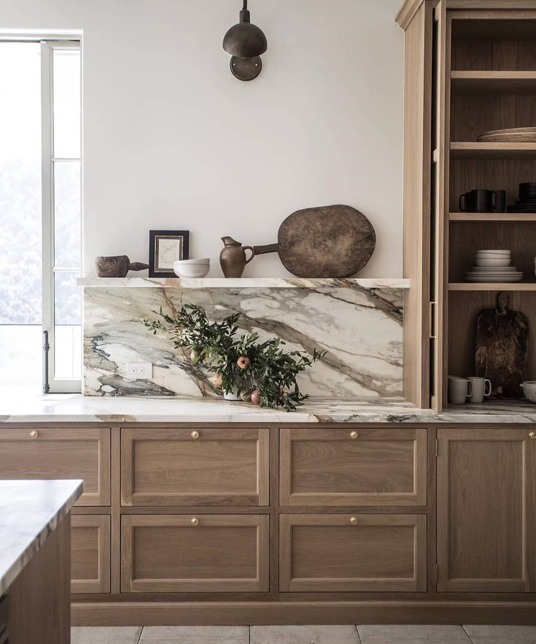 Pin By Nika Bee On Kitchen Classic Kitchens House Interior Kitchen Inspirations
