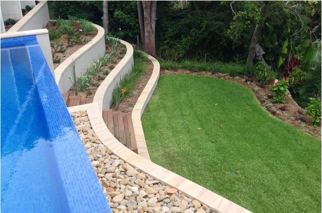 Swimming Pool Retaining Wall Steep Slope Palm Beach