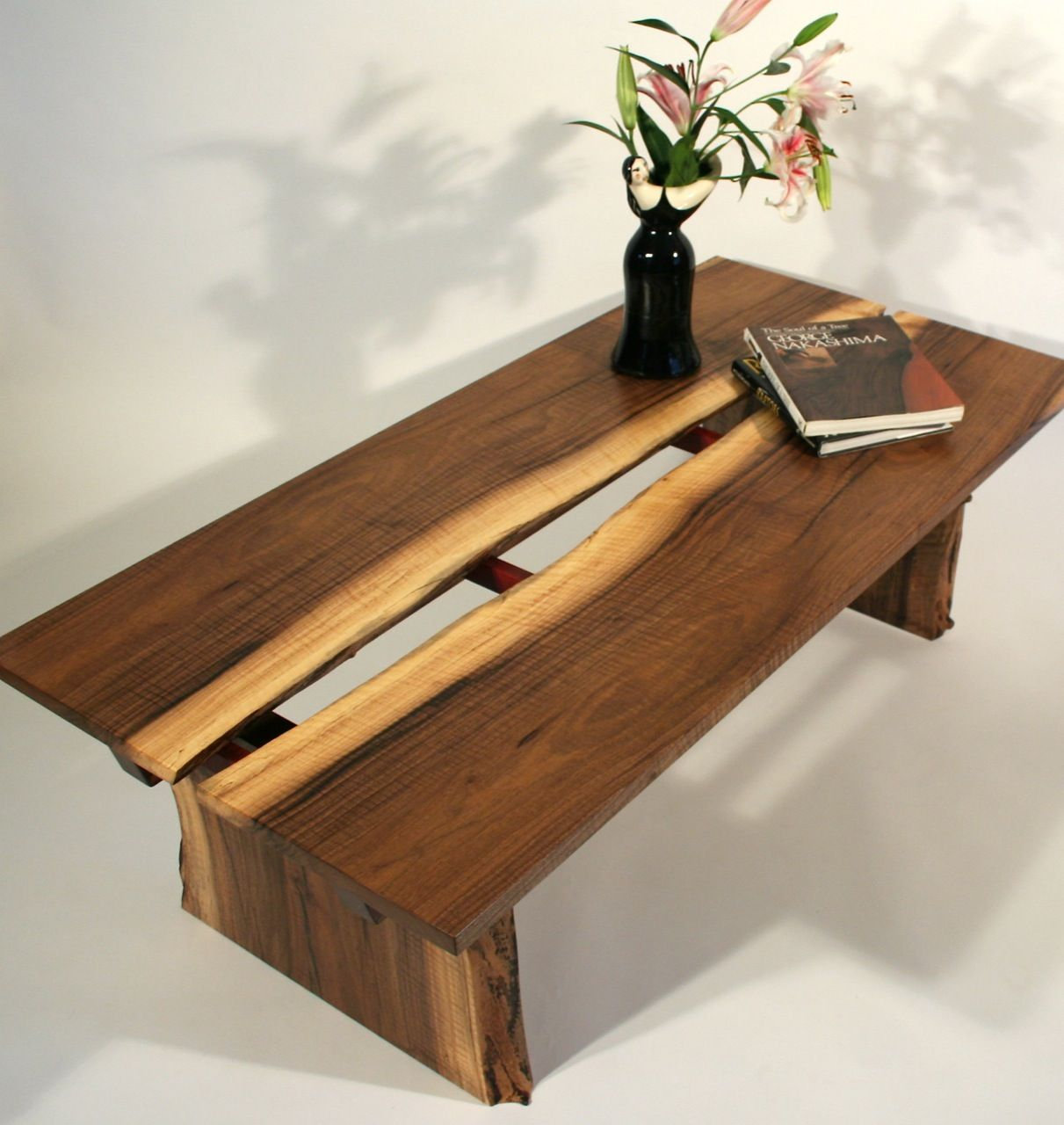 alive edge coffee table from timothy 39 s fine woodworking woodworking pinterest mobilier. Black Bedroom Furniture Sets. Home Design Ideas