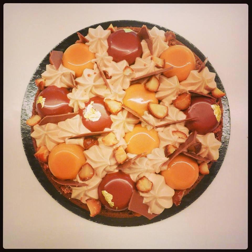 """Le fantastik """"chocolat, caramel, noix de macadamia""""! création d'un jour au Michalak Take away. #patisserie #pastry #frenchtouch"""