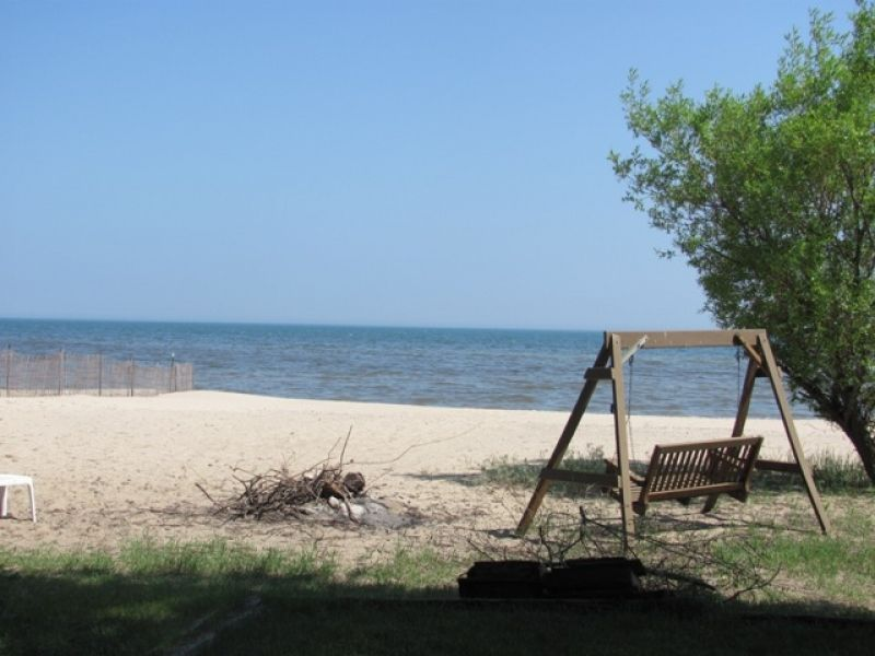Brown S Willow Beach Cottage On Lake Huron Offers A Beautiful Sandy That Makes It Vacation Experience You Will Never Forget