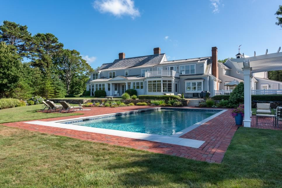 How Much Does It Cost to Build a Pool? HGTV in 2020