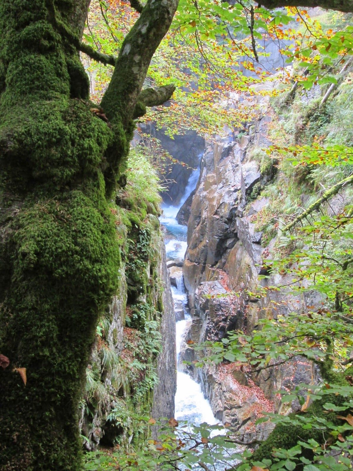Following Waterfalls to Lac de Gaube from Cauterets - Hiking in the French Pyrenees - Waterfalls