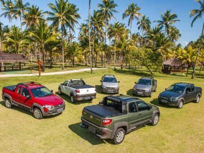 Para su modelo 2014, la pick up compacta Fiat Strada, la más vendida de su segmento en América Latina, recibió una renovación estética para sus diferentes versiones así como un platón más grande que le permite una mayor capacidad y volumen de carg...