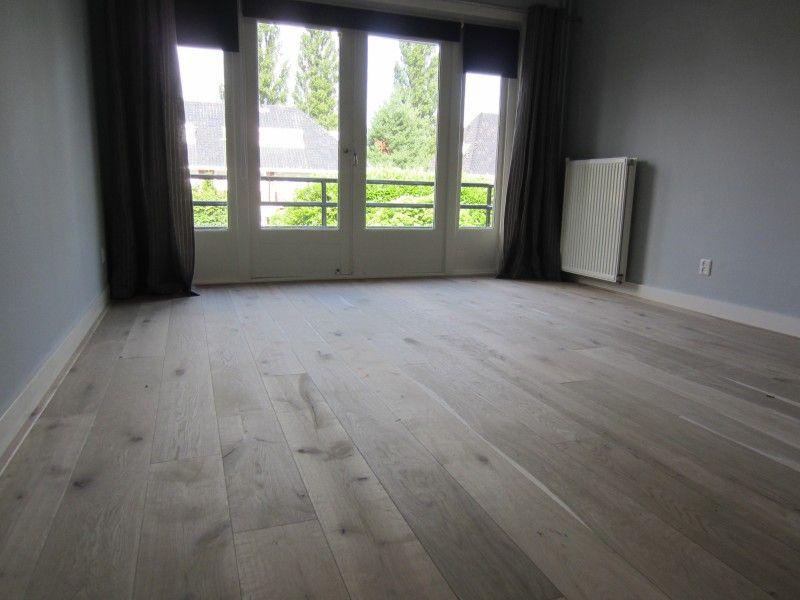 Super stoere en rauwe vloer van sloophout houtenvloer vloer