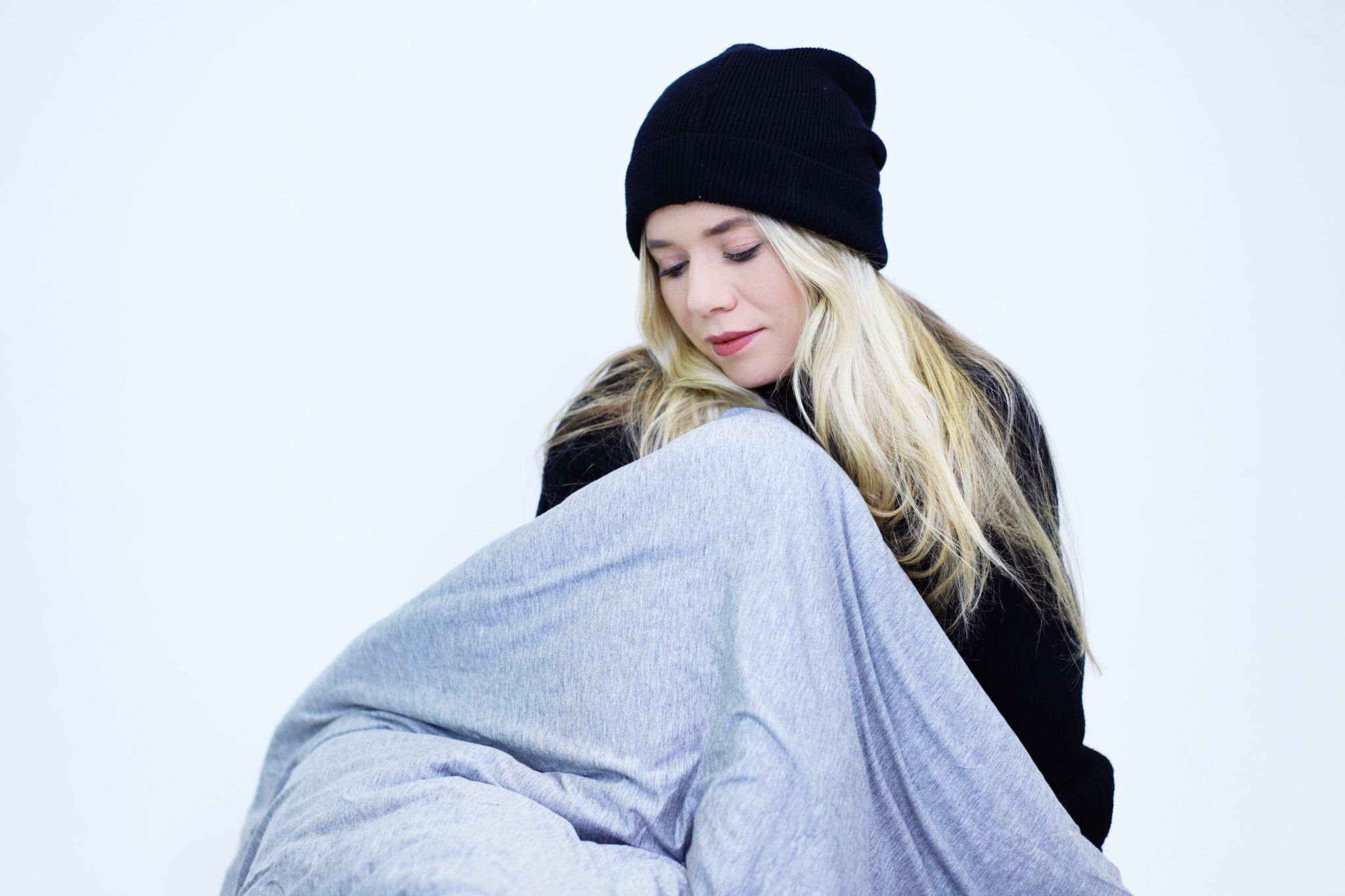 Hush Iced Weighted Blanket The Coolest Way To Fall Asleep Fast