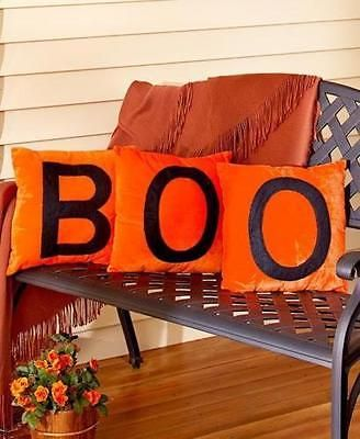 11 Cute Ways to Decorate your Front Porch for Fall Humid weather - ways to decorate for halloween