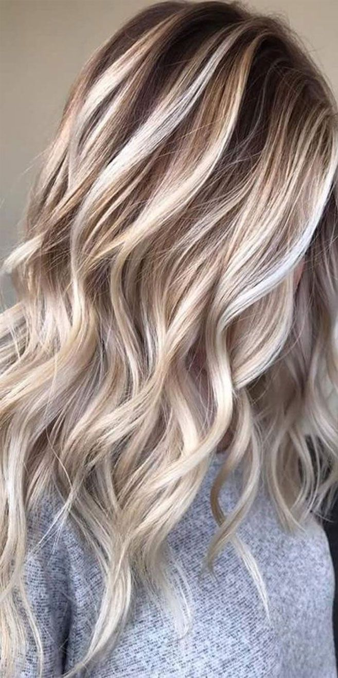 Pin By Randi Crosby On Highlights In 2020 Short Blonde Hair