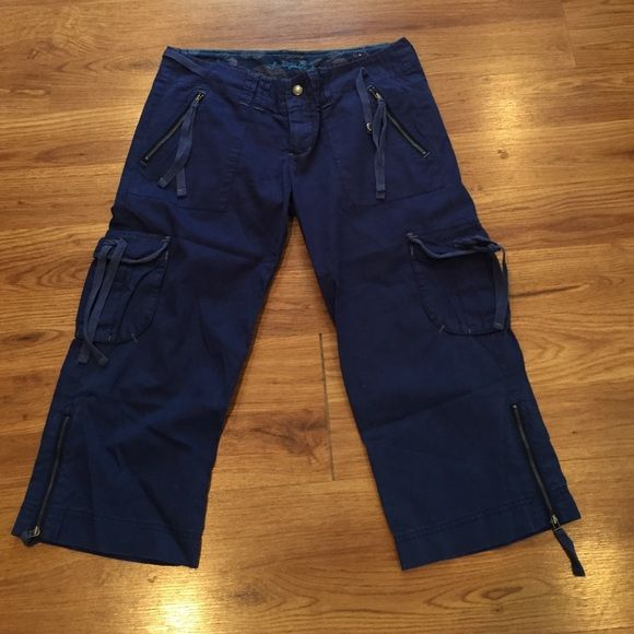American Eagle cute Capri size 6 American Eagle cute Capri size 6. Color is blue. First picture is the most accurate. American Eagle Outfitters Other