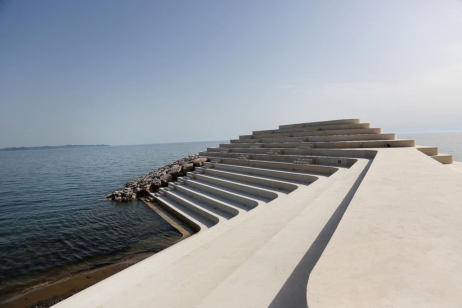 Cape Square Durrës / Sfinxit | Landscape by Design | Pinterest ...