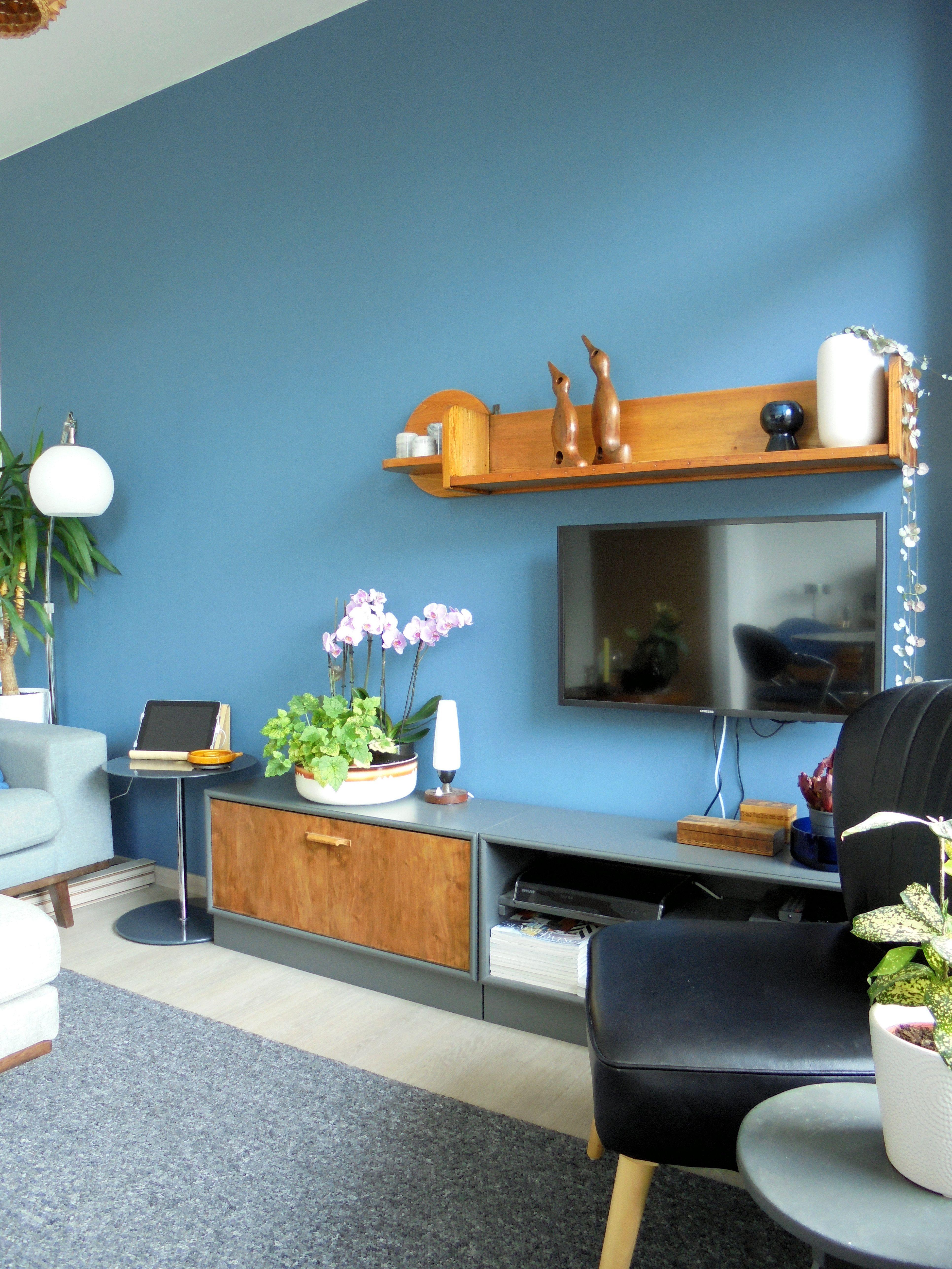 Latest de woonkamer the livingroom bank en hocker torino for Merk stoelen