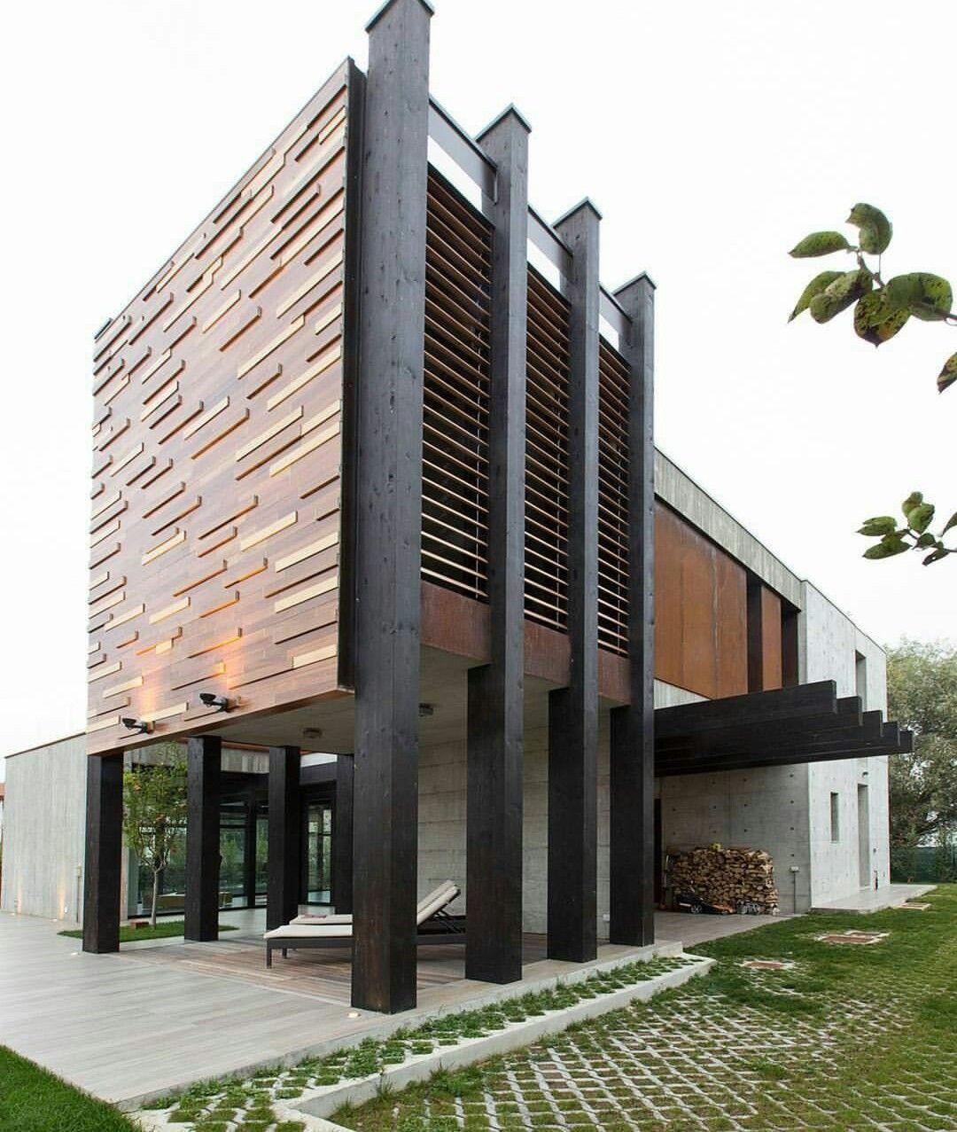 Galeria De Casas Exteriores: 建築, ファサード Y 建築物