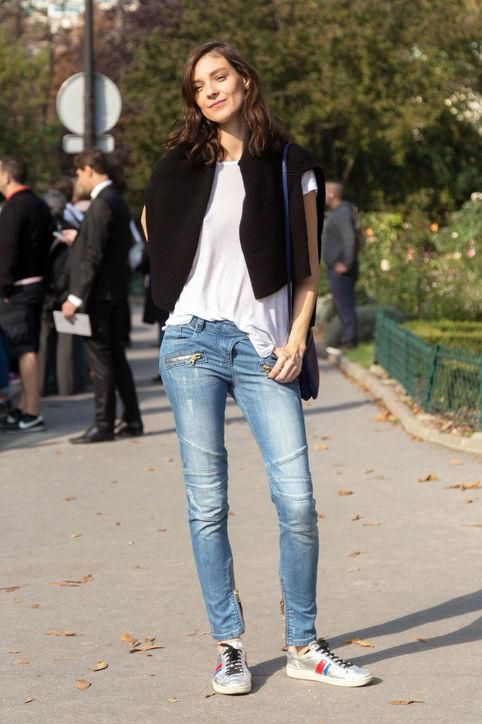 How To Wear Sneakers Practically Anywhere Denim Outfit Ideas