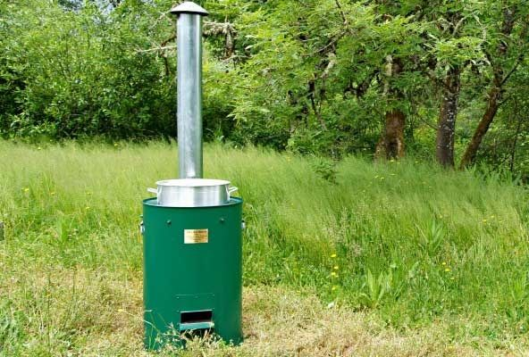 THIS WOOD STOVE MAKES ENOUGH ELECTRICITY TO POWER A SMALL HOME Cub