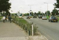 kruispunt van de Provincialeweg  met de Witvrouwenbergweg, gezien vanuit de witvrouwenbergweg. aan linkerzijde fietspad nieuwe situatie.