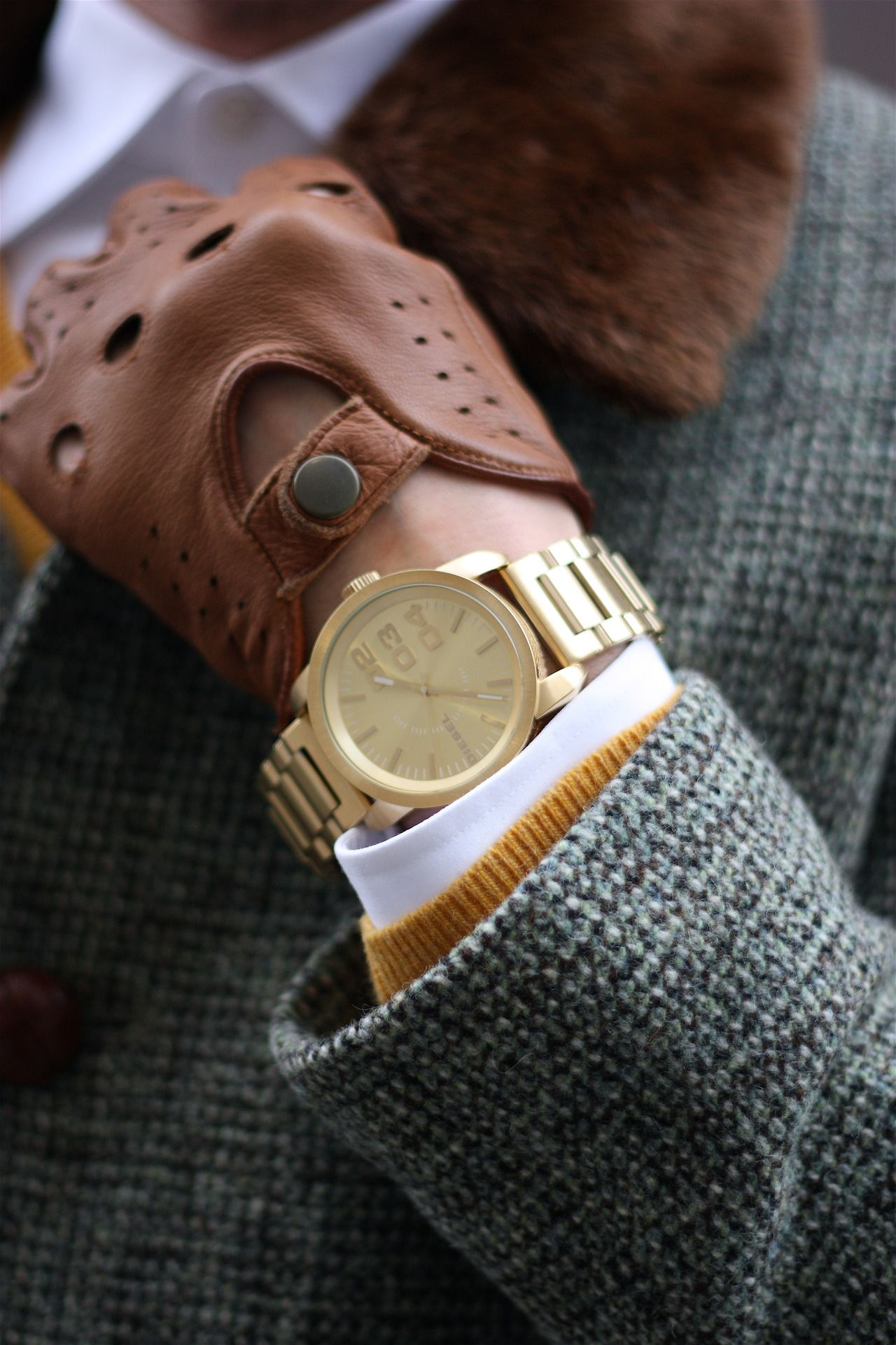 High end leather driving gloves - Gold Watch By Diesel And Nordstrom Driving Gloves