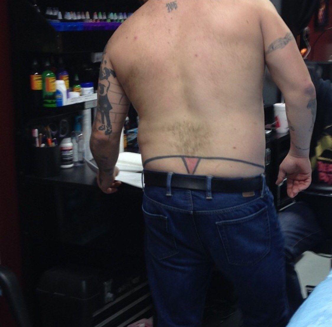 Das Nickelback-Tattoo ist noch das beste von allen ...