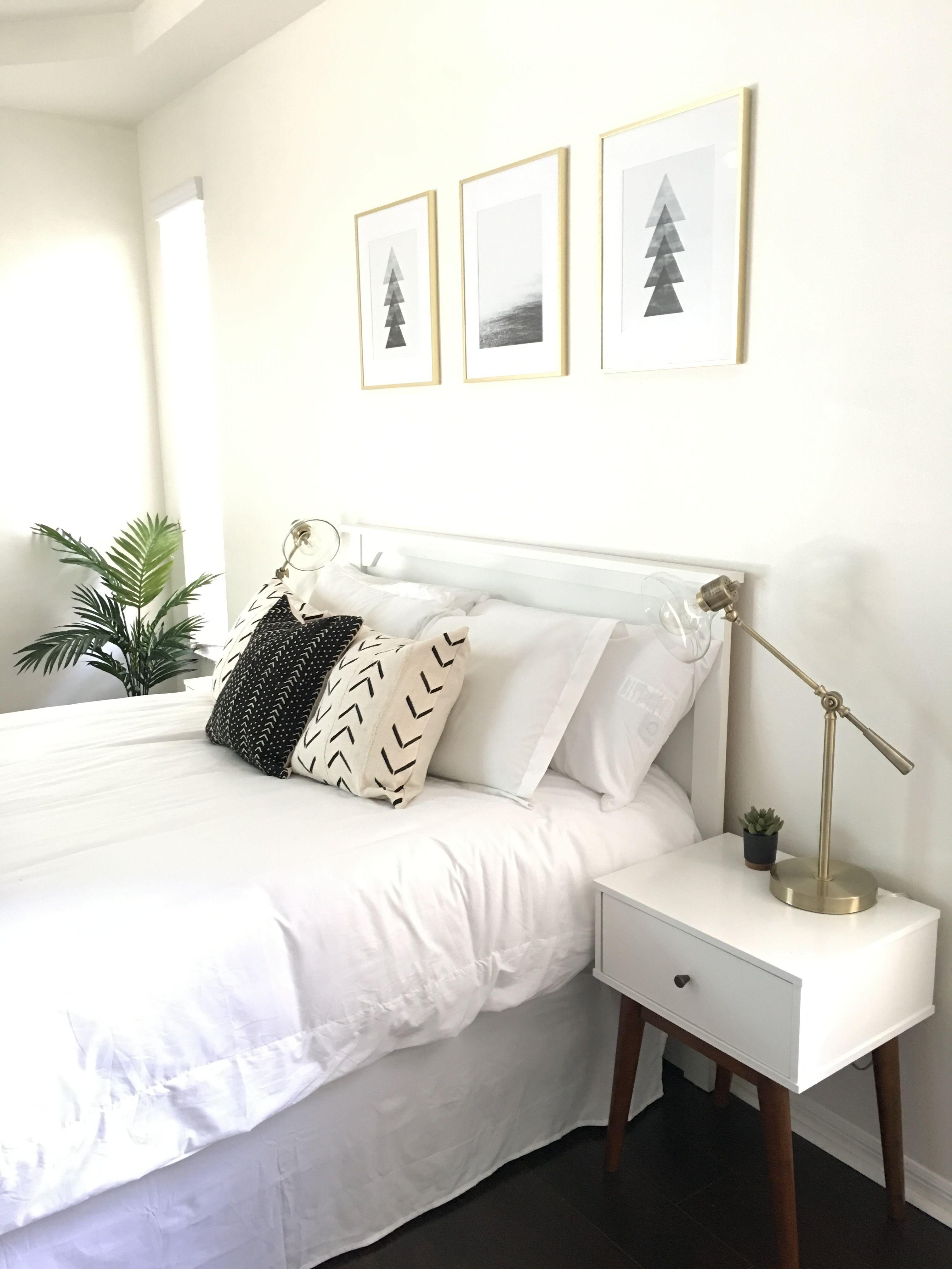 Minimalist master bedroom, retro modern, white, black