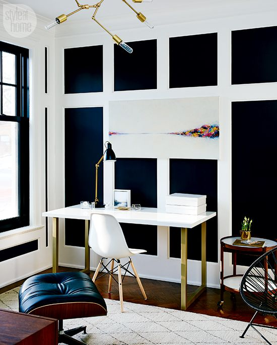 Traditional-meets-modern in this graphic home office | Office ...