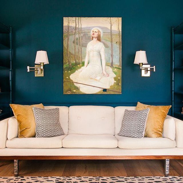 """The Best Colors For Your Living Room This Fall: """"Using A Saturated Color Turned It Into A Destination, And"""