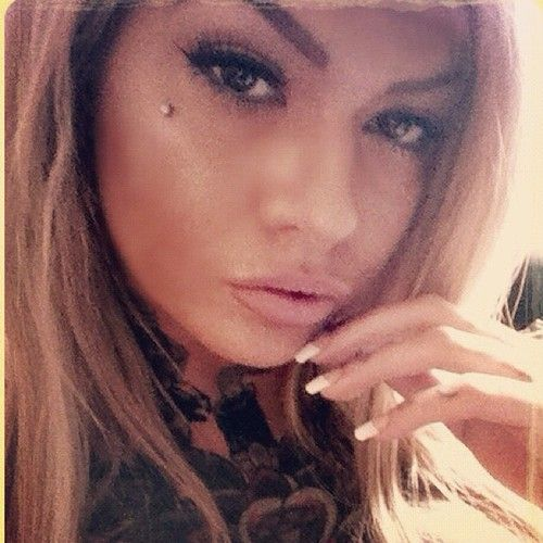 Pretty piercing tattoos piercings pinterest gossip for Jobs that allow piercings tattoos and colored hair