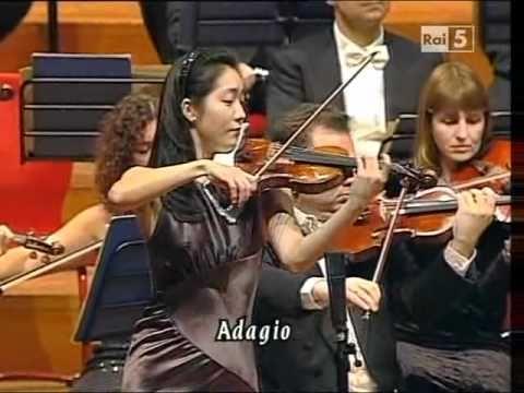 Max Bruch(1838-1920) Violin Concerto n  1 op  26 - Akiko