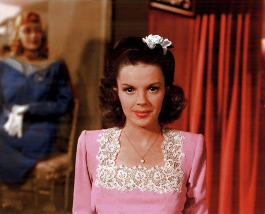 Judy Garland, looking ever so sweet on the set of, The Clock in 1945. #hollywoodactor