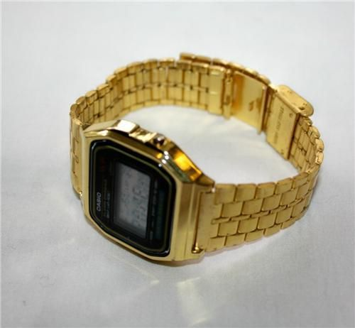 Classic vintage 80s old school casio watch, in as new deadstock condition, classic old school BLING