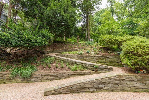 A Bauhaus Oasis In The City Modern Landscaping Garden Styles Bauhaus Style