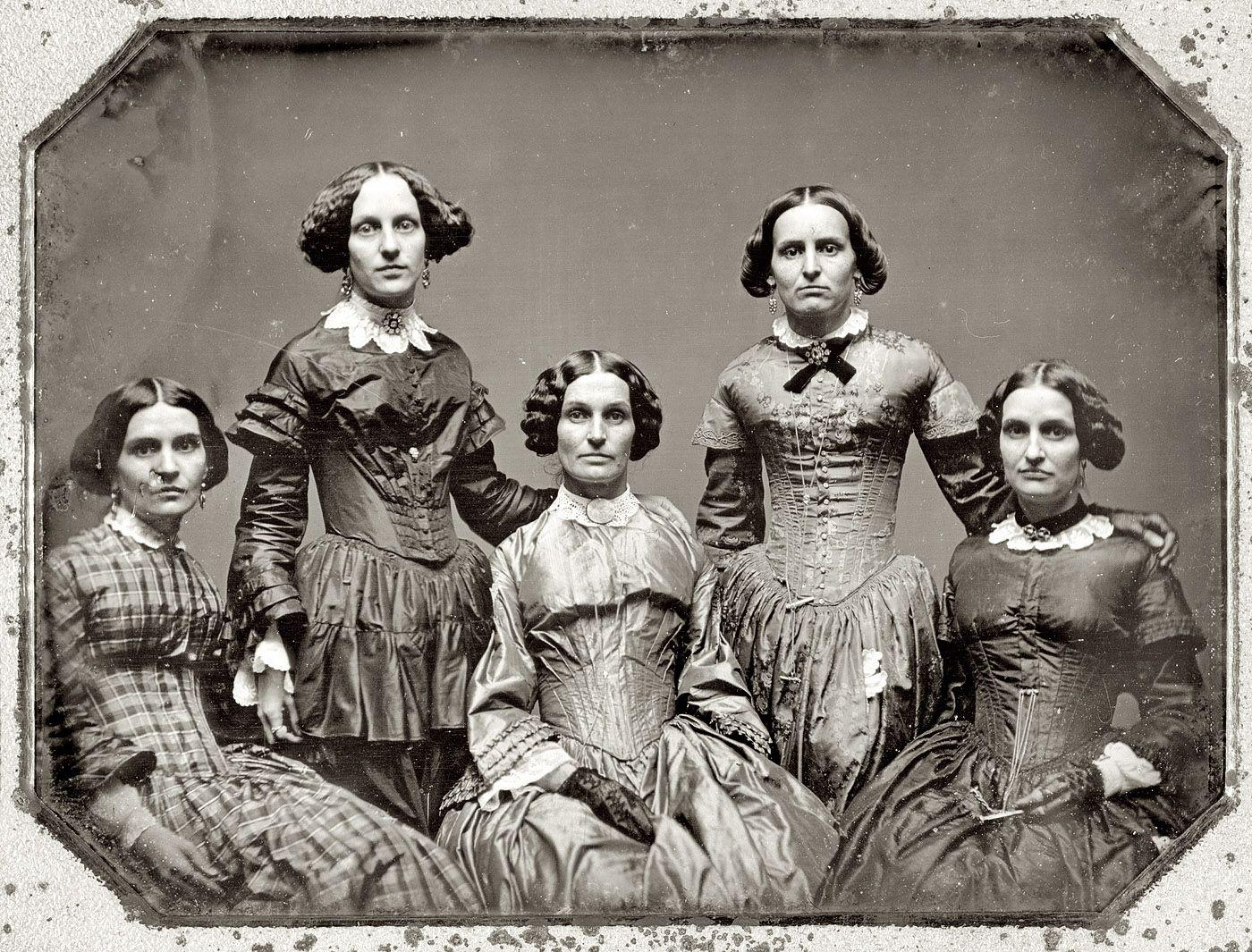 Женщины на дагеротипах 1850-ых   Crinoline era - paintings & photo    Винтажные фото, Старинные фотографии и Групповые фото